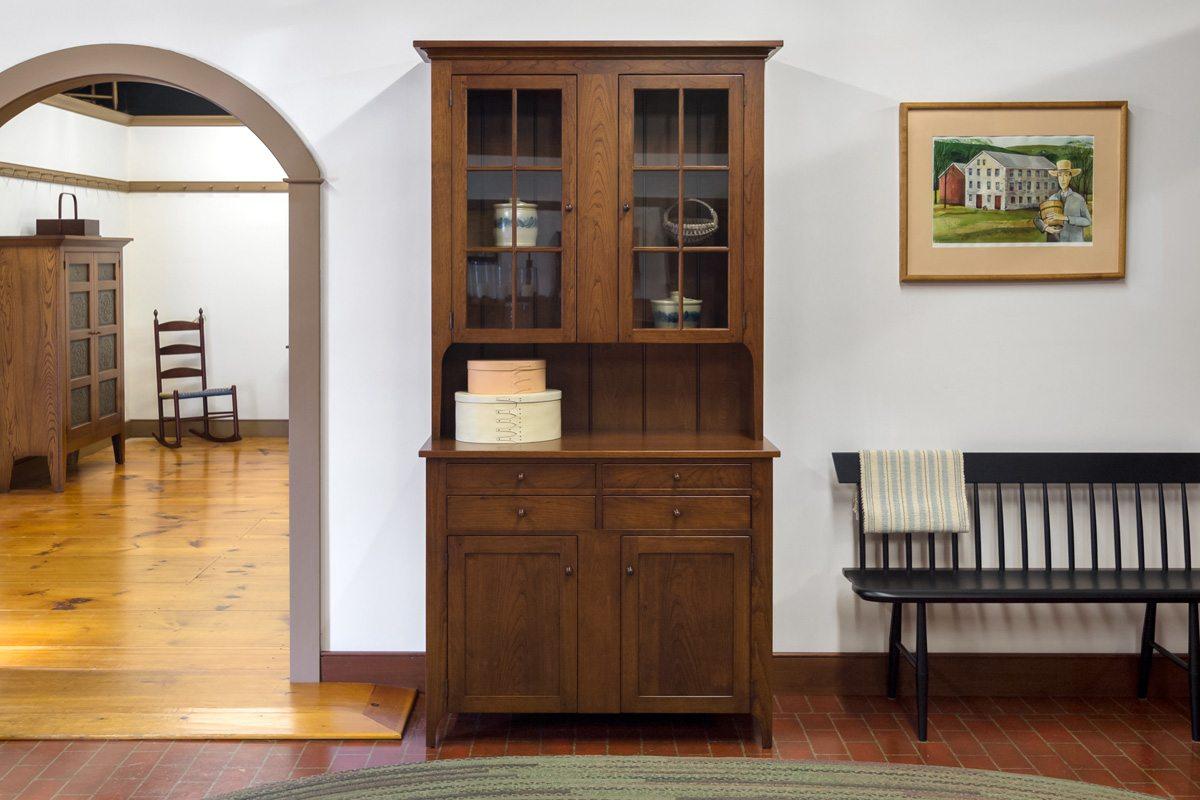 Hutches / Corner Cabinets / Pie Safes / Storage Cabinets