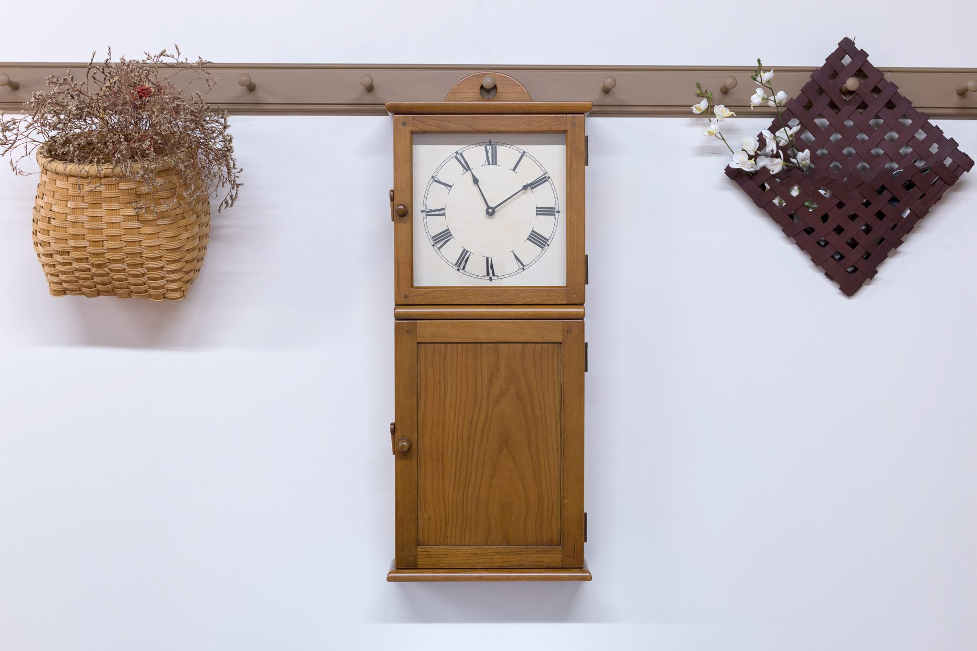 Products archive shaker shoppe cherry amber hanging wall clock 125000 69500 amipublicfo Image collections