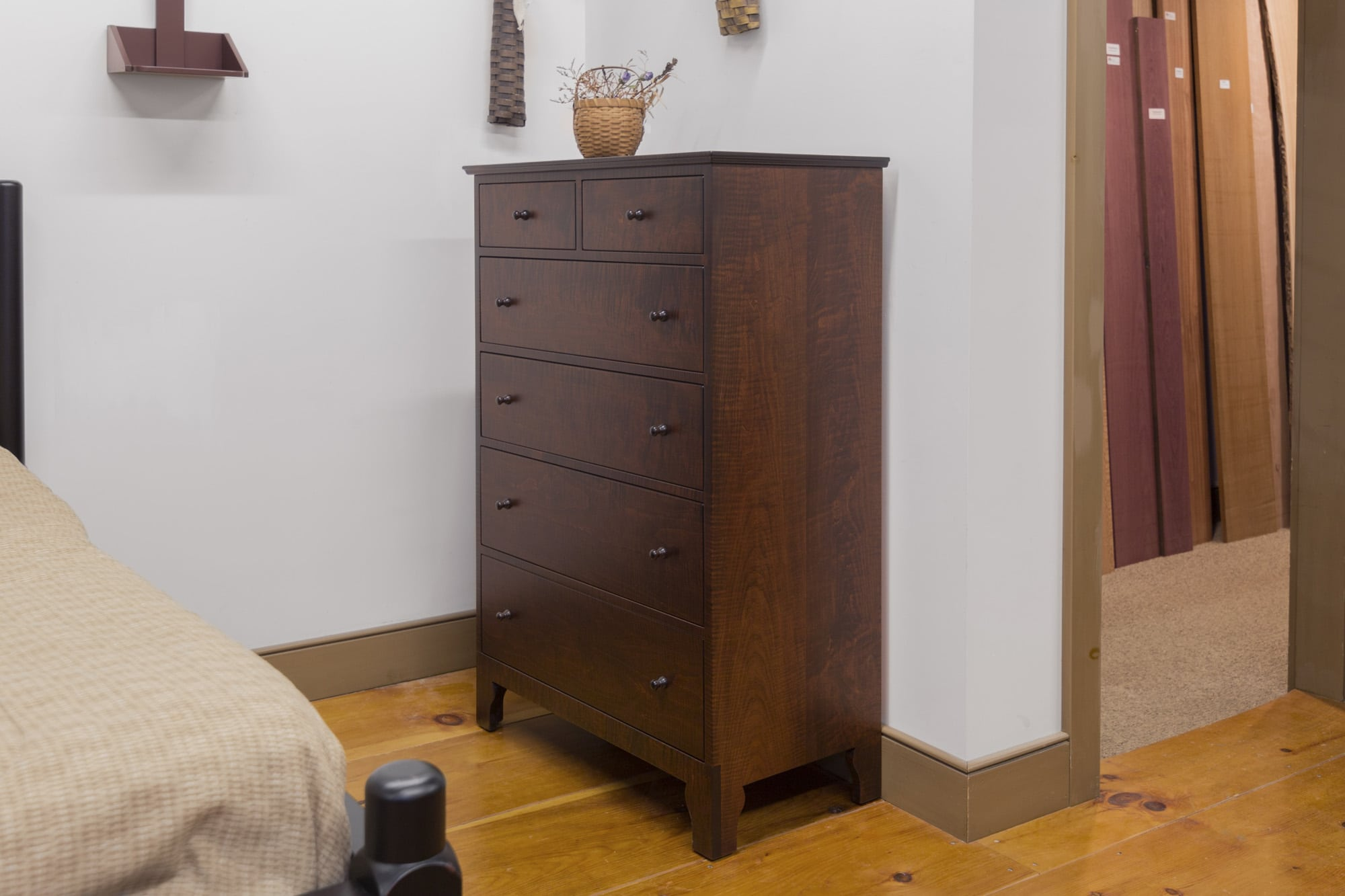 Tiger Maple Brothers Dresser In Fireside